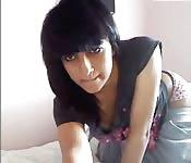 Beurette s'exhibe sur webcam