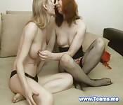 Deux transsexuels prêts à vous bander
