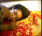 Belle arabe qui aime le sexe anal
