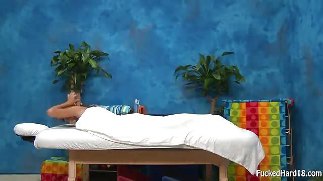 Massage sexuel pour jeune teen sexy
